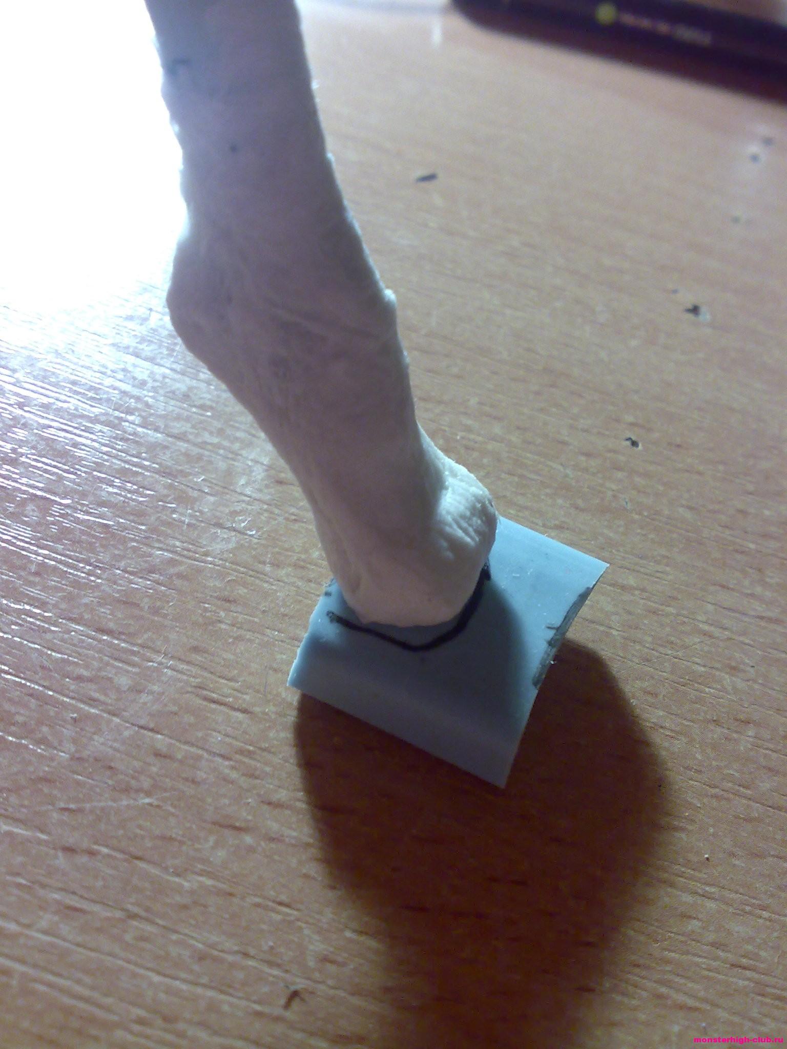 Как сделать обувь для куклы монстер хай своими руками мастер класс