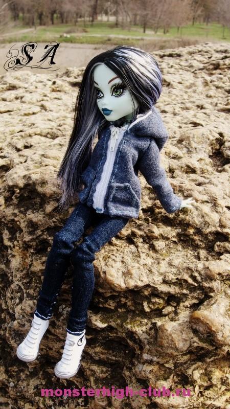 Одежда для кукол монстер хай своими руками из носков