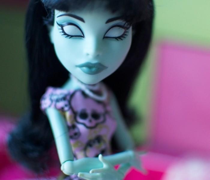 Урок 9. Учим куклу позировать.