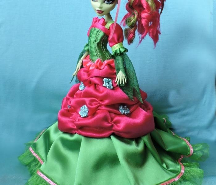 Монстробальное платье для Венеры