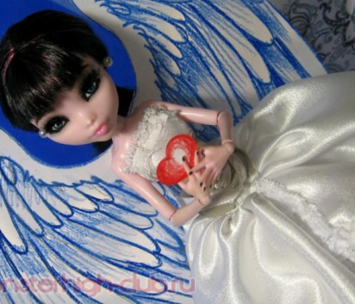 Платье ангела для Дракулауры