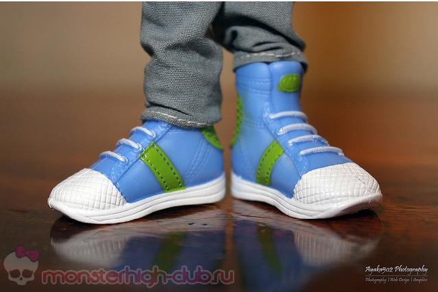 jj sneakers