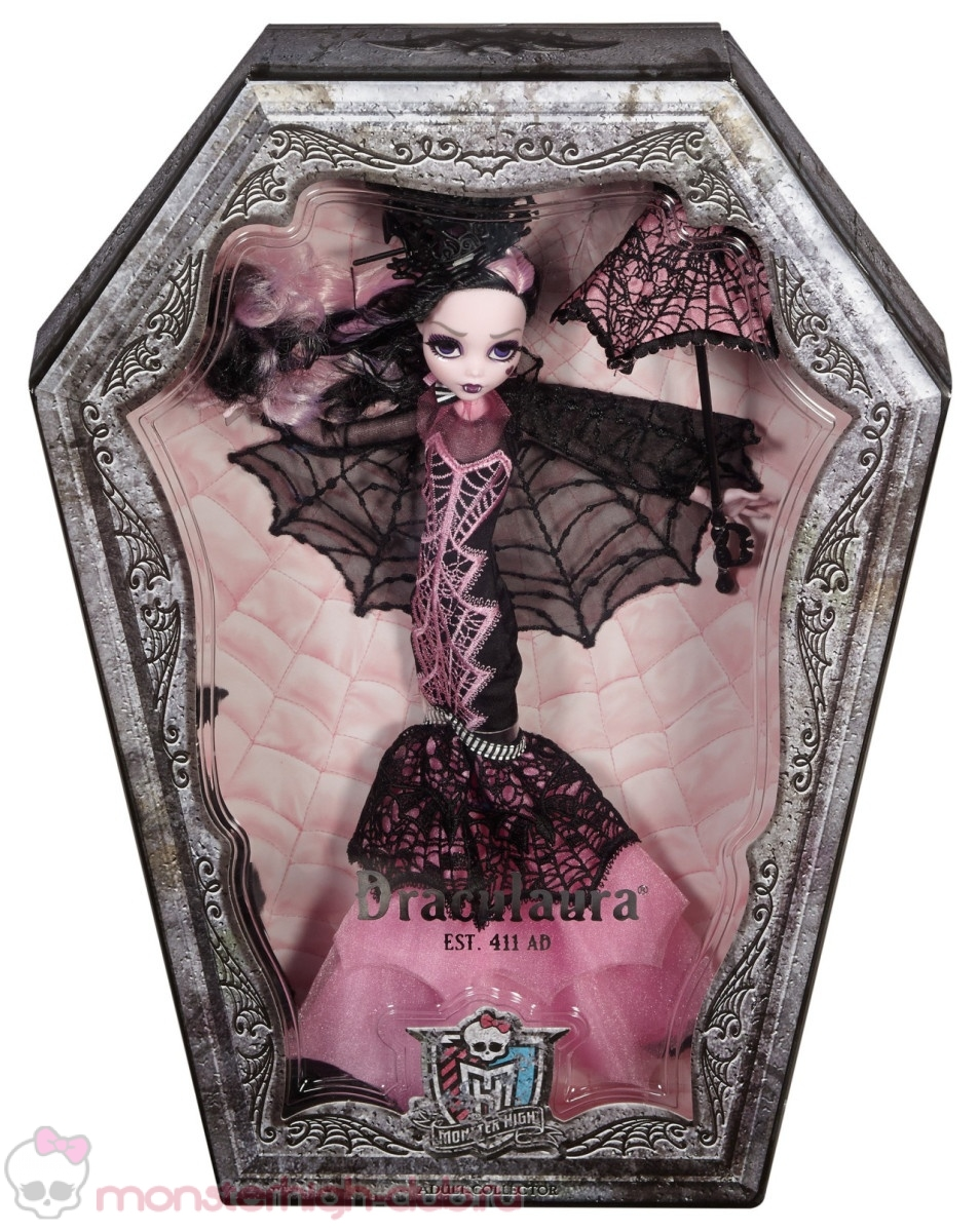 monster_high_club_sweet_1600_collector_s_doll_draculaura_promo_2015 (20)