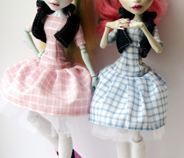 Весенний наряд для кукол Monster High