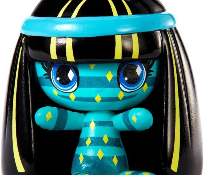 Промо-фото мини-фигурки Клео де Нил Monster High Minis из коллекции Fun Patterns Ghouls