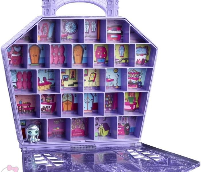 Промо-фото коллекционной коробки для хранения(переноски) мини-фигурок Monster High Minis — «Monster High Minis Collector Case» с эксклюзивной фигуркой Френки Штейн «Space Ghouls»