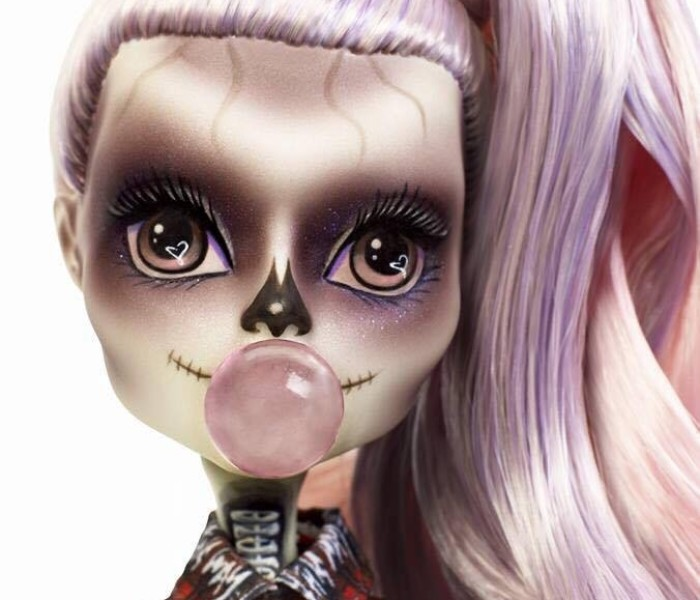 Промо-фото эксклюзивной куклы от певицы Lady Gaga — Zomby Gaga/Зомби Гага