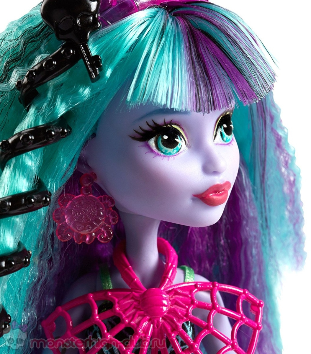 monster_high-twyla_electrified-new-2016-doll-mattel (5)
