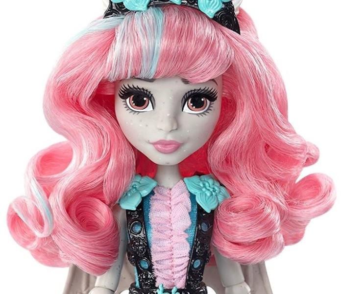 Промо-фото новой куклы Рошель Гойл «Party Ghouls»