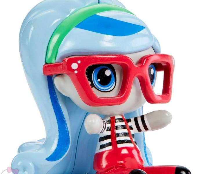 Промо-фото новых мини-фигурок Monster High Minis «Original Ghouls»: Гулия Йелпс, Нефера де Нил, Клод Вульф и Пуррсефона