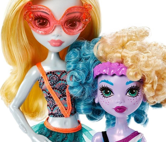 Промо-фото набора Monster Family (2-pack) с куклами Лагуны Блю и Келпи Блю