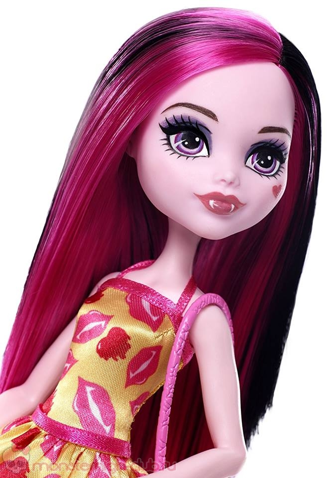 monster_high_lots_of_looka_draculaura_2017 (3)