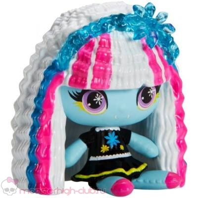monster_high_minis_promo_ghoulia_operetta_howleen_new_2017 (7)